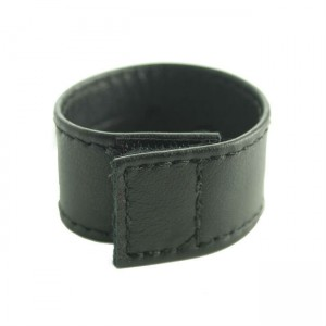 Spartacus Leather Ball Stretcher