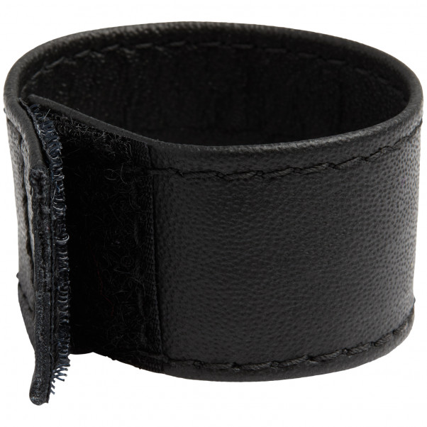 Spartacus Leather Ball Stretcher product packaging image 2